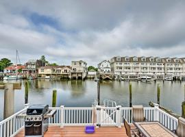 Home with Water Views, 1 Mi to Boardwalk and Casinos, vacation rental in Atlantic City