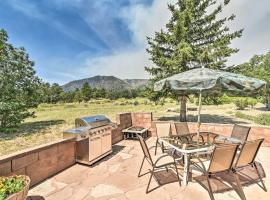 Lovely Flagstaff Home with BBQ Area and Mtn Views!, vacation rental in Flagstaff