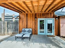 Renovated Modern Home with Patio, Walk to Texas Tech!, vacation rental in Lubbock