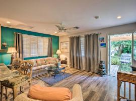 Updated Naples Cottage - Near Beaches and Golfing!, vacation rental in Naples