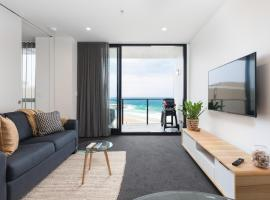 Luxury Beachfront Apartment In Newcastle, apartment in Newcastle