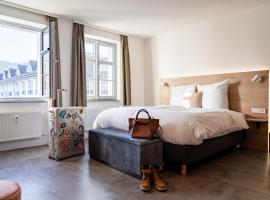 coucou hotel & kuckucks-stube (Titisee), hotel in Titisee-Neustadt