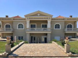 Villa Dimitri - Beach House, hotel with parking in Alexandroupoli