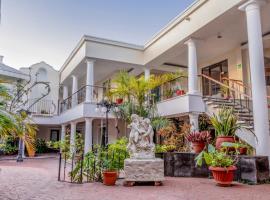 Suites Costa Blanca, hotel near The City Nightclub, Cancún