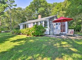 Lakefront Mashpee Home with Kayak and Outdoor Kitchen!, hotel in Mashpee