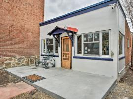 Historic Home with Porch and Yard In Downtown Salida!, hotel in Salida
