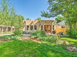 Sleek Old Colorado City Home with Yard, Walk to Cafes, hotel in Colorado Springs