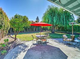 Santa Cruz Home w/Large Yard, 1.5 Mi to Coast!, vacation rental in Santa Cruz