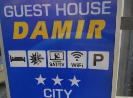 Guest House Damir, guest house in Makarska