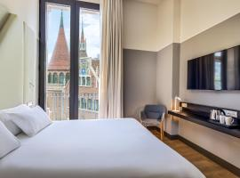 Occidental Diagonal 414, hotel near Plaza Espanya, Barcelona