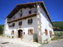 Viscarret-Guerendiáin에 위치한 홀리데이 홈 Casa Batit