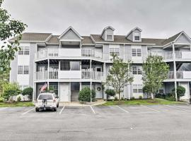 Ocean View Condo with Pool and Golf Course Access, apartment in Ocean View
