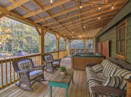 8-Acre North Georgia Mountain Retreat with Creek!, Ferienhaus in Sautee Nacoochee