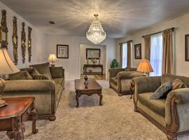 Warm Family-Friendly Tallahassee Home, 9Mi to FAMU, vacation rental in Tallahassee