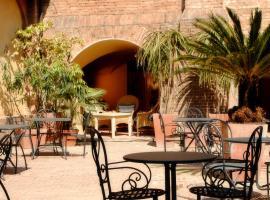 Il Chiostro Del Carmine, מלון בסיינה