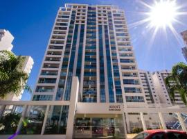 AV110 Cozy, Complete and close to Subway, hotel with pools in Brasilia
