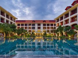 Senna Hue Hotel, hotel in Hue