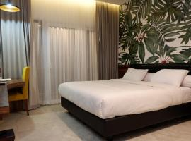 Front One Resort Magelang, hotel dekat Candi Borobudur, Magelang