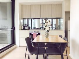 Collins Wharf S Collection, hotel in Docklands, Melbourne