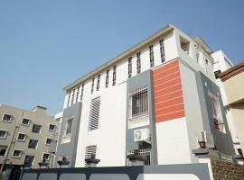 HOTEL RAJANIGANDHA, hotel near Pune International Airport - PNQ,