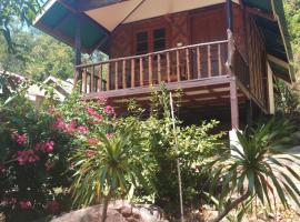 Dusitbungalow, guest house in Phi Phi Don