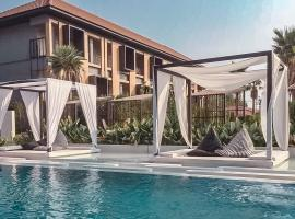 The Peem Hotel โรงแรมในBan Na