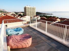 Apartments House Filipović, hotel in Makarska