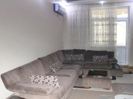 2 bdr luxury apartment next to Port Baku, guest house in Baku