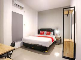 OYO 2409 Safara Residence Syariah, hotel near Sam Poo Kong Temple, Semarang