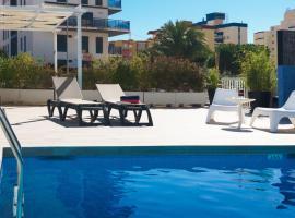 Hotel Albatros, отель в Гандии