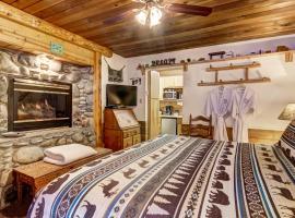 Heavenly Valley Lodge Bed & Breakfast, vacation rental in South Lake Tahoe