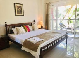Luxurious 2BHK PoolView Apartment in Anjuna Vagator, self catering accommodation in Anjuna