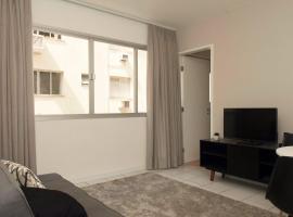 Área nobre no Coração de Floripa! Apartamento para 3 pessoas, apartment in Florianópolis