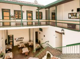 Balcones del Parque Jardin, hotel in Jardin