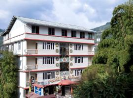 Four Square Holidayz, Gangtok, hotel near Tsomgo Lake, Gangtok