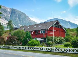 Ingrids Apartments, guest house in Eidfjord