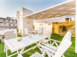 Neoclassical apartment with 2 bedrooms in Piraeus, apartment in Piraeus
