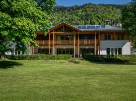 Seevilla Ossiacher See, Pension in Steindorf am Ossiacher See