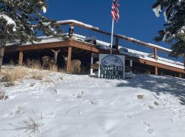 The North Face Lodge, inn in Lake City
