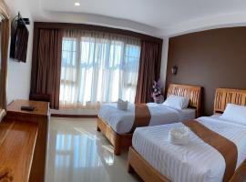 สิริบุญสำเภารีสอร์ท Siriboonsampao Resort, hotel in Sangkhla Buri