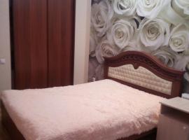 Евротрешка в 15 минутах от набережной своя скважина!!!!, hotel with jacuzzis in Gelendzhik