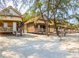 Sandy Beach Bungalows, resort in Koh Rong Sanloem