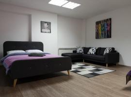 Rooms Madison, B&B in Zagreb