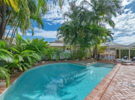 Rimini Holiday Apartments, serviced apartment in Noosaville