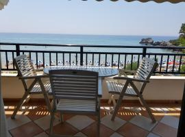 Corfu Glyfada Beachfront Apartment 2, pet-friendly hotel in Glyfada