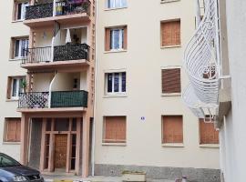 Jolie Chambre Privée Marseille 9e, homestay in Marseille
