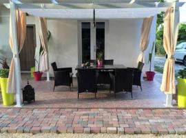 Villa Magnolia, holiday home in Lido di Jesolo