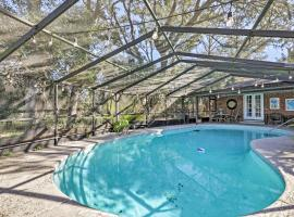 Beach Retreat in Jacksonville Pet and Family-Friendly, vacation rental in Jacksonville Beach