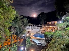 Pousada Chale da Montanha, pet-friendly hotel in Petrópolis