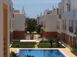 Cabanas Pool Apartment, hotel in Tavira